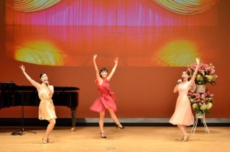 ダンスの振付・指導も行っていただきました!